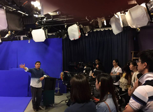 Guided tour in Cable TV News Station